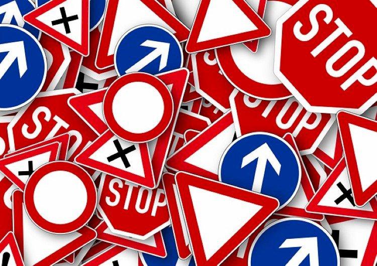 Kansainvälisyyttä liikennemerkkeihin